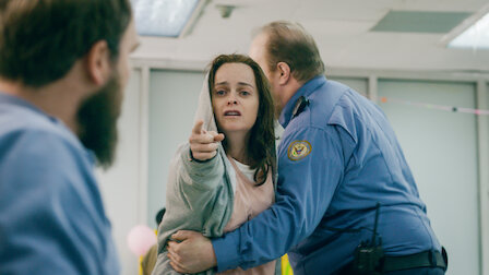 poussey og officer bennett dating i virkeligheden